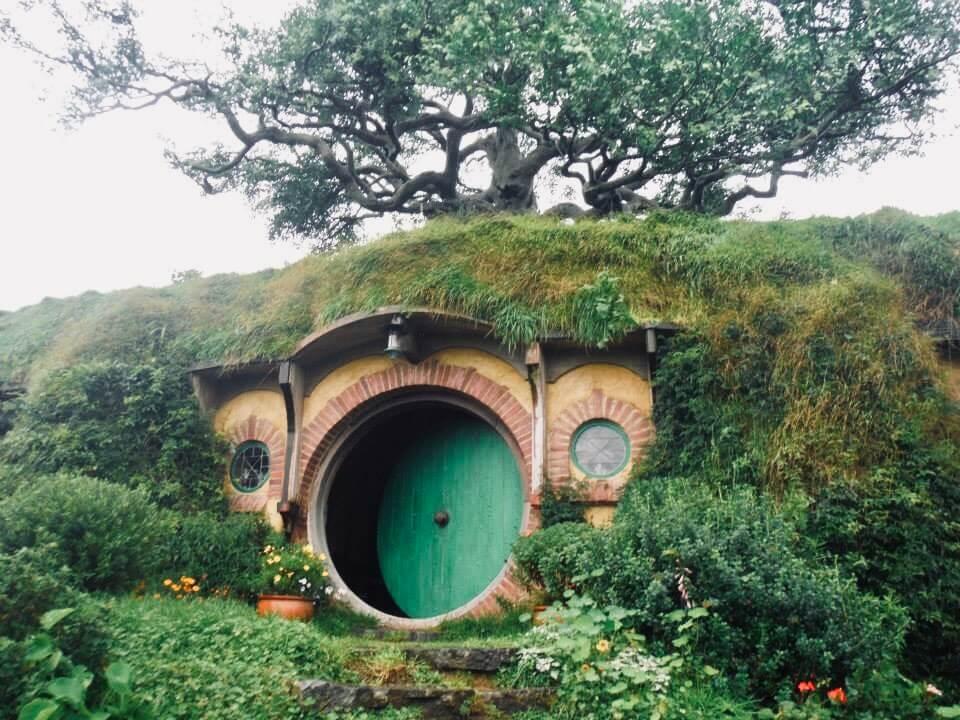 Living the life of a Hobbit while exploring Hobbiton. How to explore Hobbiton